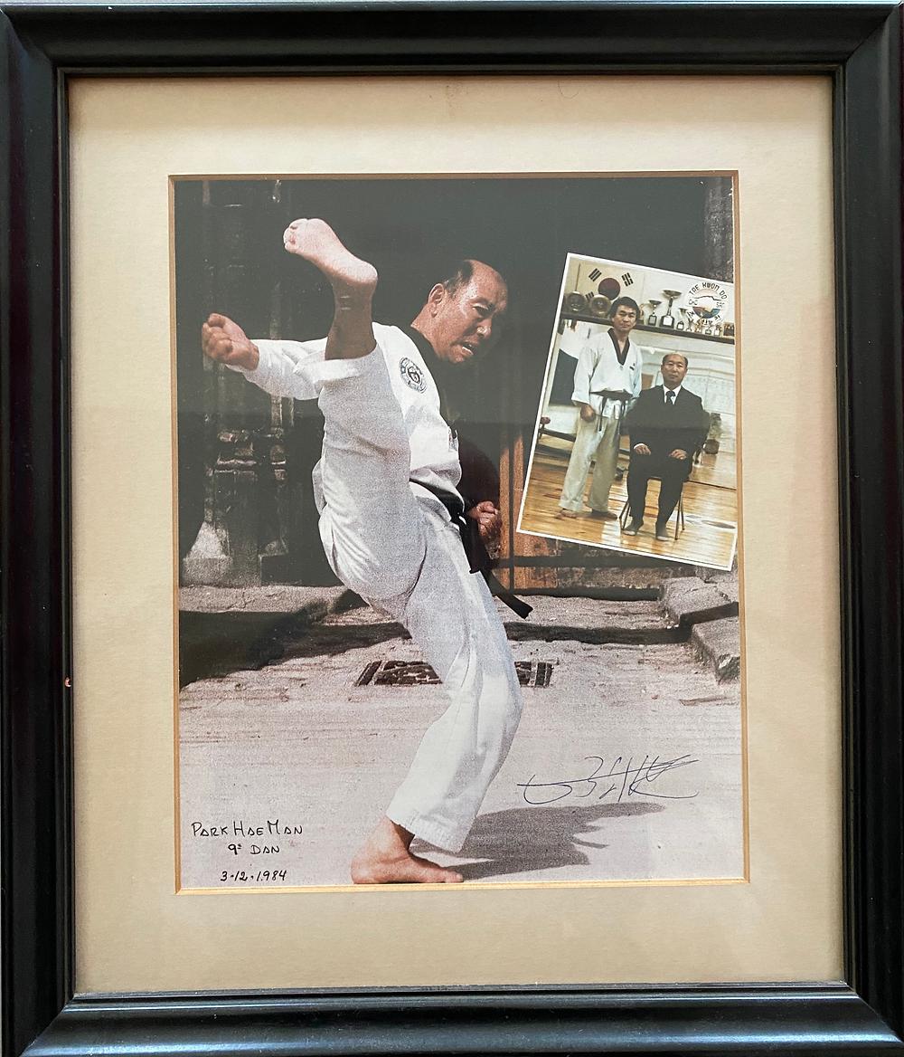 Retrato del Gran Maestro Park Hae Man, de dicado a Cho San.