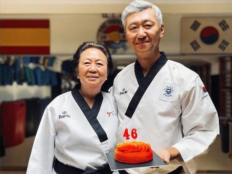 Cho San cumple 46 años