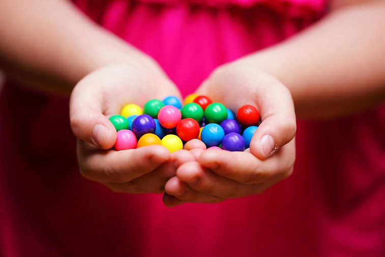 hand_balls.jpg
