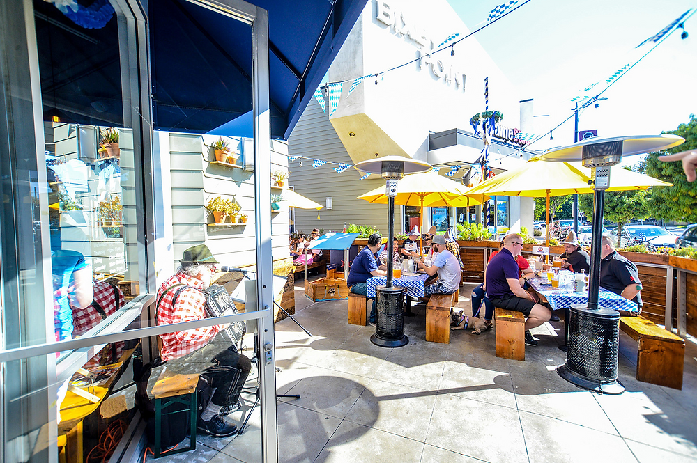 Rasselbock Pet-Friendly Patio Long Beach Beer Garden