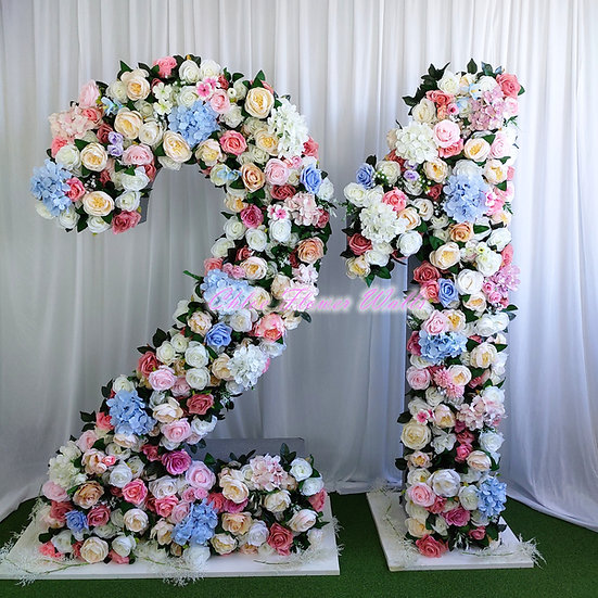 21 Floral Sign with Flower backdrop