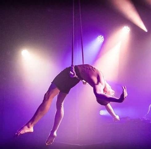 Michael Standen Trapeze.jpeg