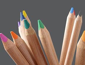 coloured pencils wood-3304319_1920 Grey.