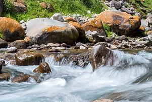 beautiful-peaceful-view-of-water-in-mountain-river-9KFSCPK.jpg