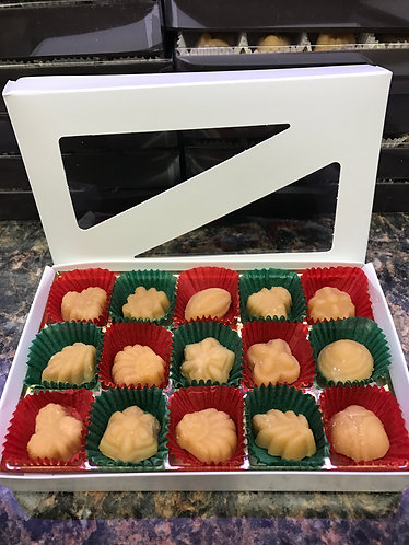 15 Piece Maple Candy Holiday Gift Box