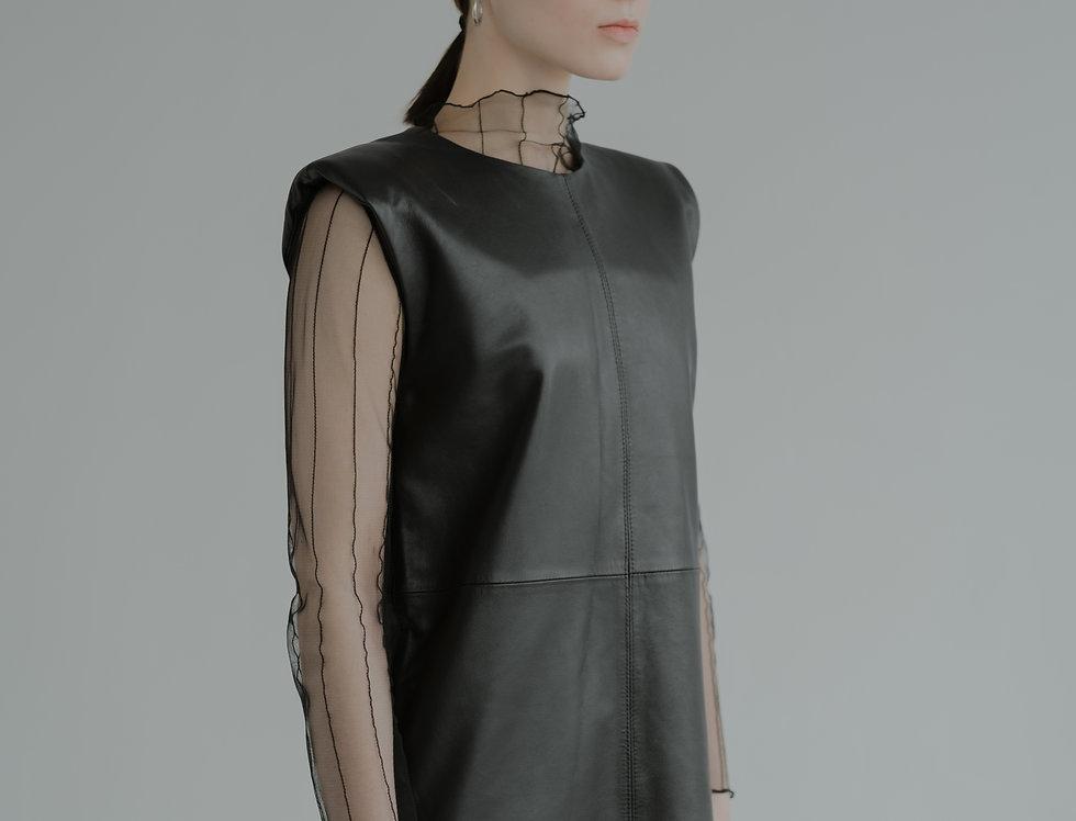 Кожаное платье-футляр
