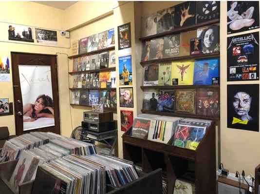 Plaka Express Vinyl Shop
