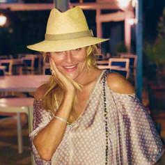SuziGee.com.jpg