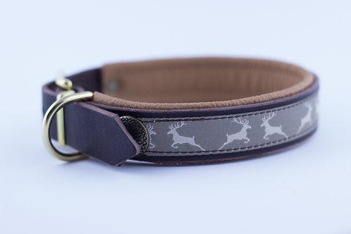 Halsband in deer