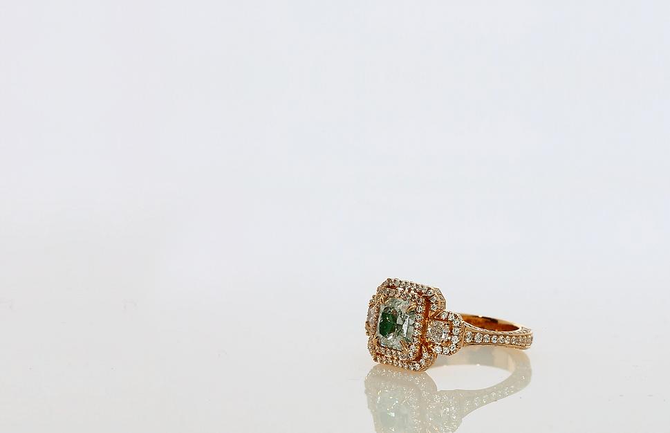 jewelry bg.png