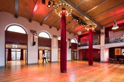 Ballsaal lichtes Farbkonzept