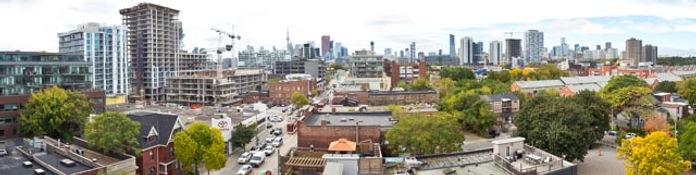 Toronto skyline - Pano.jpg