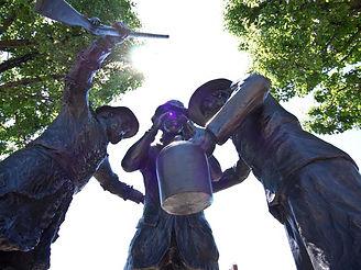 statue in Washington, Washington County PA