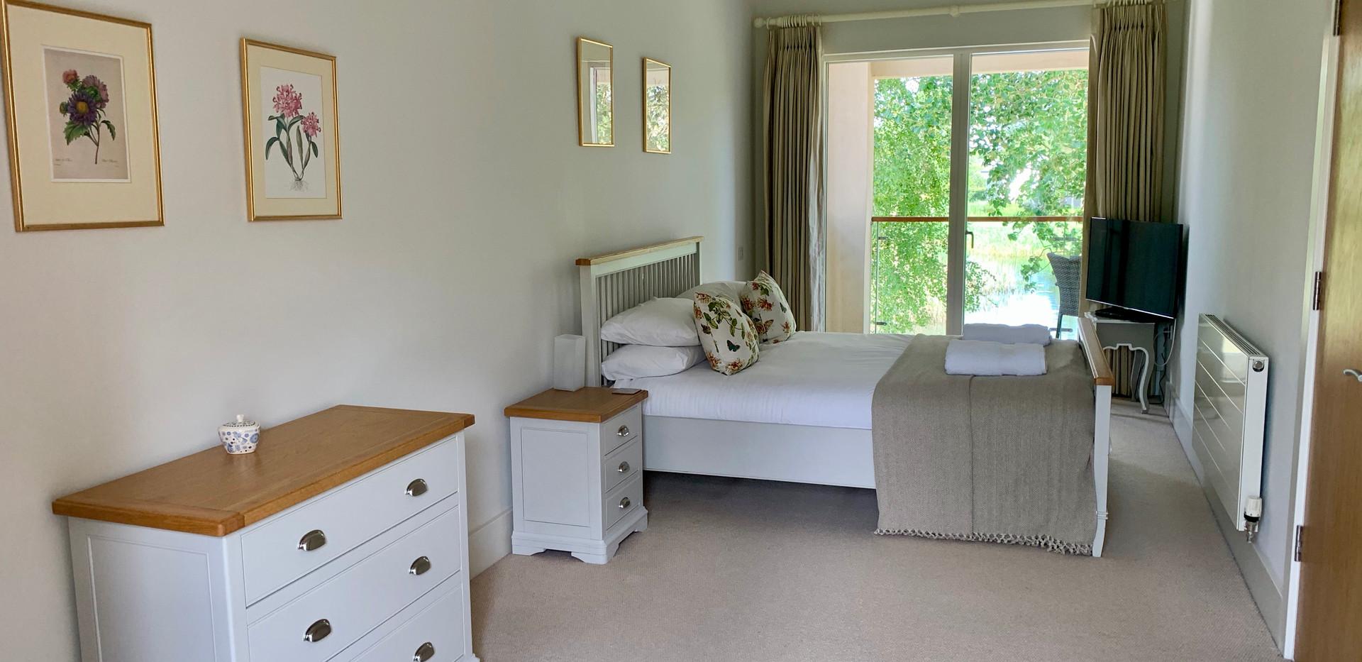 Dunnock House Master Bedroom 2