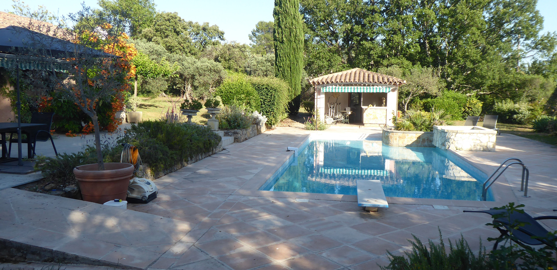 Le Verseau Swimming Pool