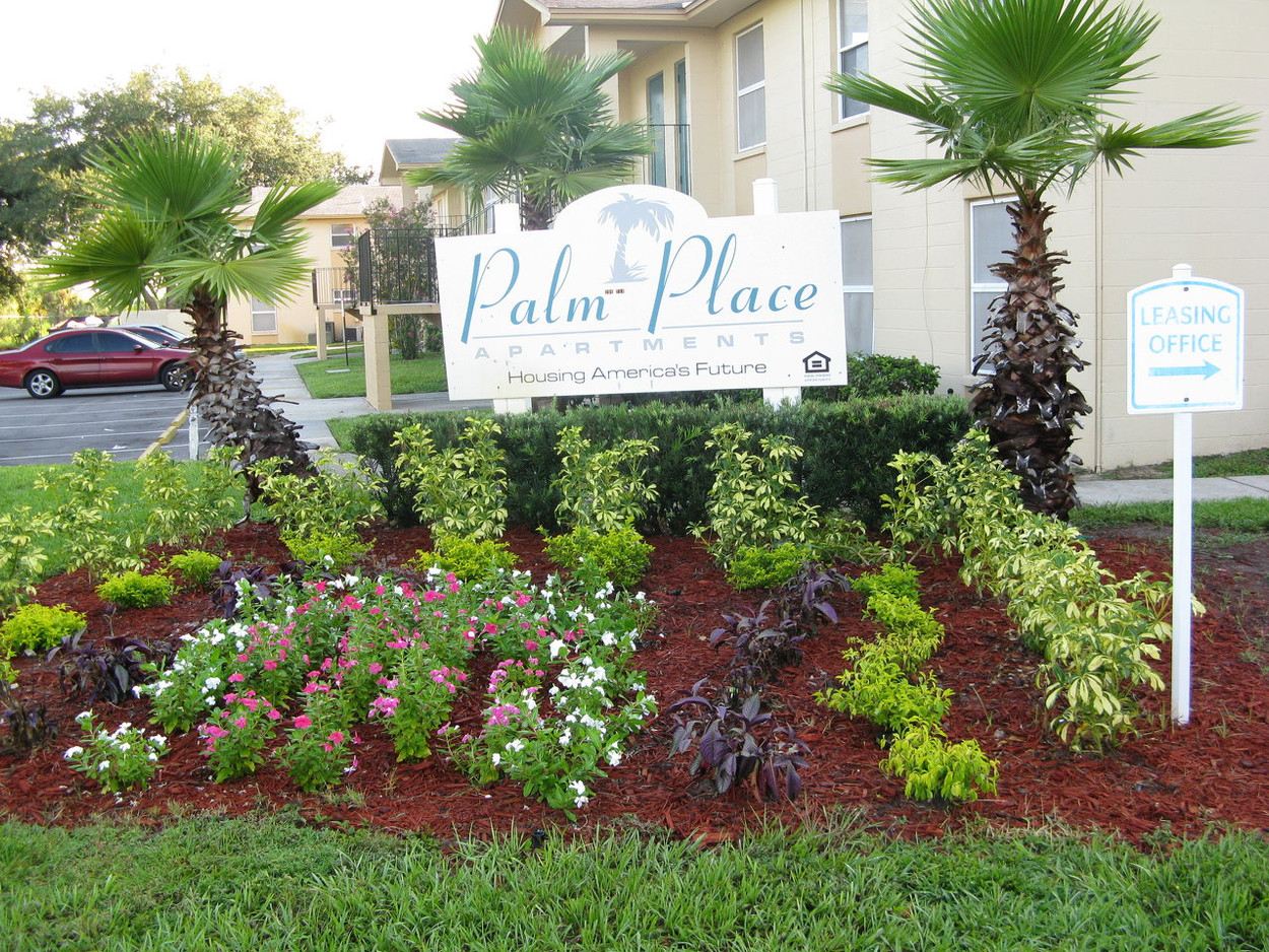 Palm Place Apartments