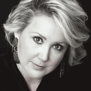 Elizabeth de Trejo - Vocal Technician