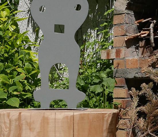 Objet d'art en métal en Brindilles  BONHOMME