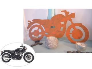 Déco en métal avec modèle MOTO
