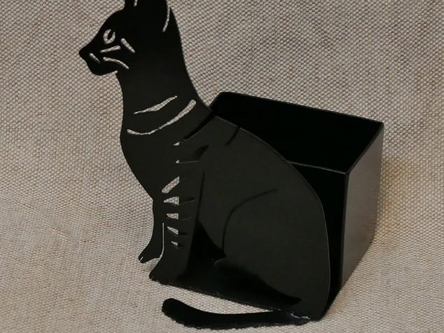 Des chats en métal pour une déco variée POT CRAYON