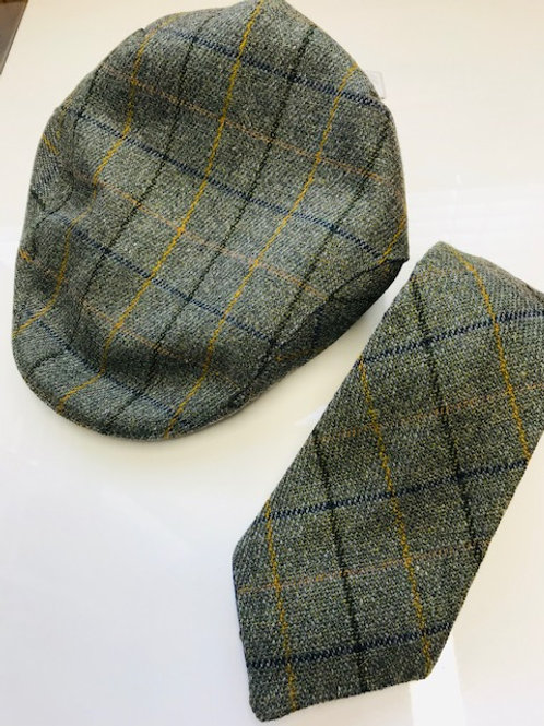 EQUI-STITCH FLAT CAP AND TIE GIFT SET