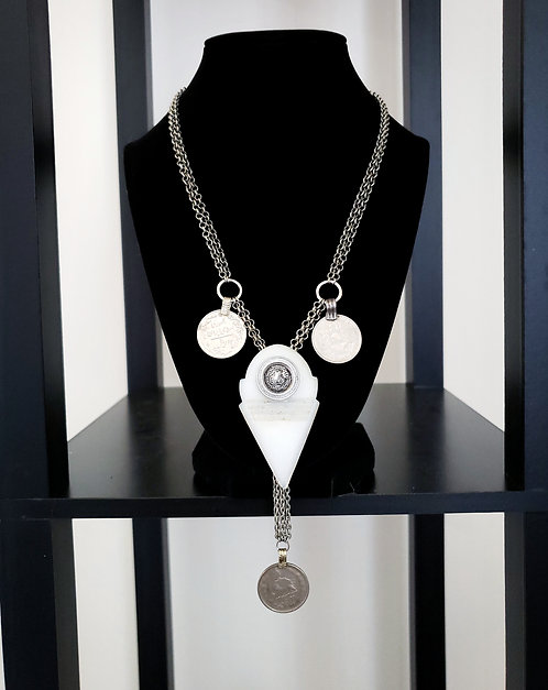 White Glass Talhakimt Necklace