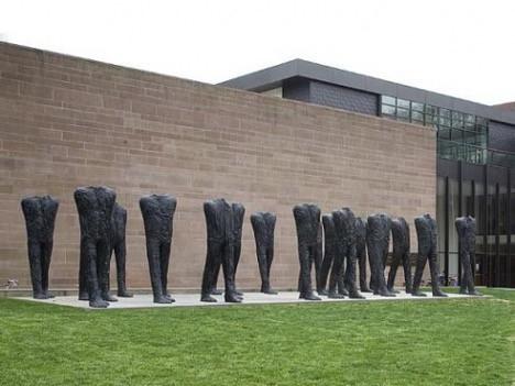 Big Figures (20), 2001/2002