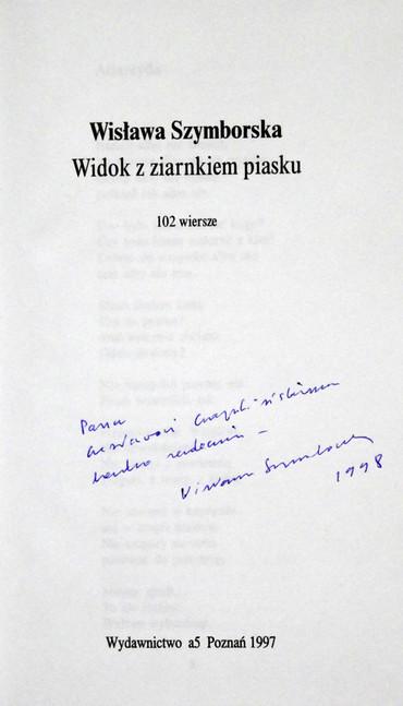 1998 D074217 120416 Wislawa Szymborska 1998 ksiazki podpisane Czeslaw Czaplinski.jpg