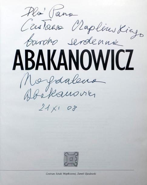 2008 D074340 2008 Magdalena Abakanowicz ksiazki podpisane Czeslaw Czaplinski.jpg