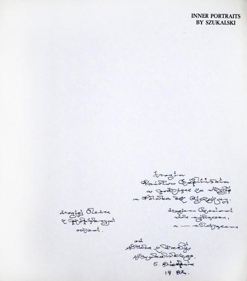 1982 D074238 120416 Stanislaw Szukalski 1982 ksiazki podpisane Czeslaw Czaplinski.jpg