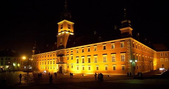 D045765 112511 Warszawa noc (resized) 50