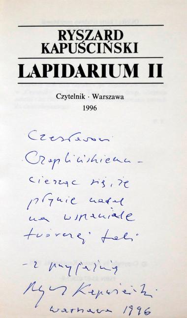 1996 D074204 120416 Ryszard Kapuscinski 1996 ksiazki podpisane Czeslaw Czaplinski.jpg