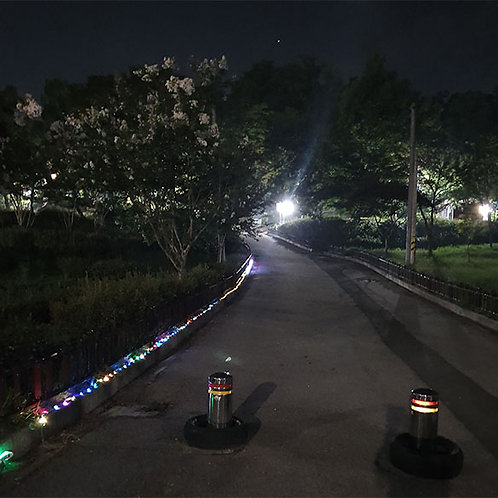 It is excellent in securing safety by lighting the LED ROPE at night