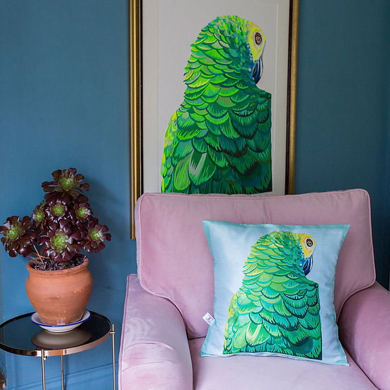 SULTRY PARROT CUSHION