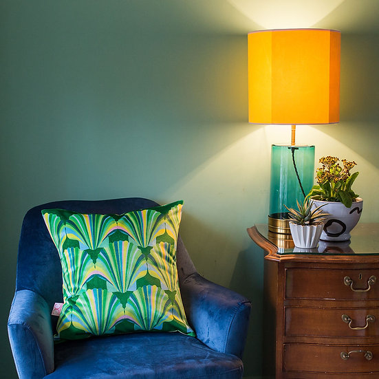 SUBLIME SHELL VELVET GREEN CUSHION