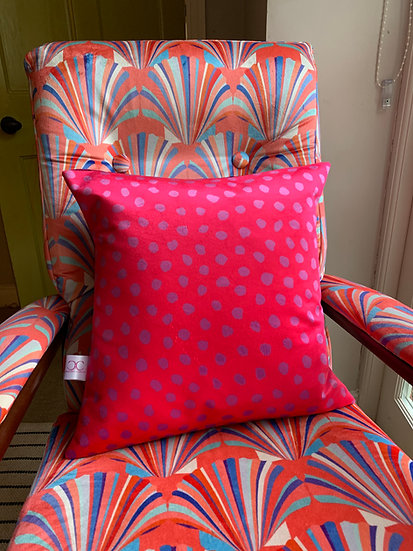 BRIGHT PINK SPOT VELVET CUSHION ONE LEFT!