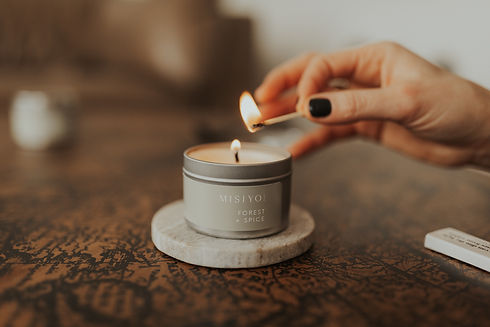 lighting a forest + spice silver candle tin by Danica Matson photography-20.j