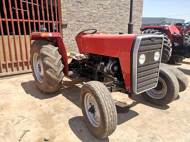 Massey Ferguson 240.jpg