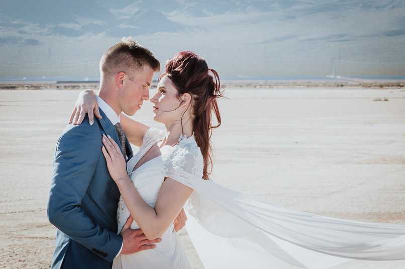 LONG RIVER PHOTO - Bride and Groom - Cla