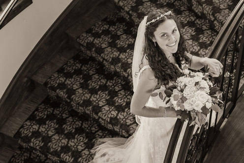 LONG RIVER PHOTO - Bride - Inside portra