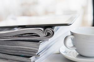 Káva a časopisy