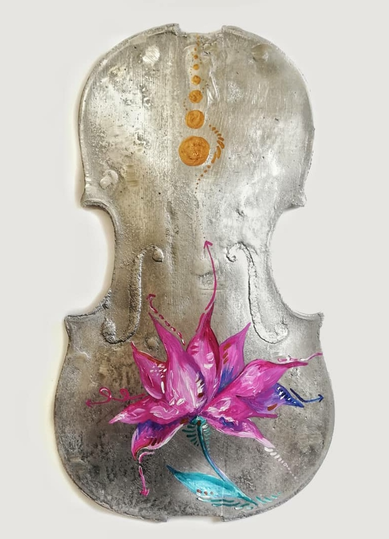 Violin's Melody; Acrylic paint on Alumin