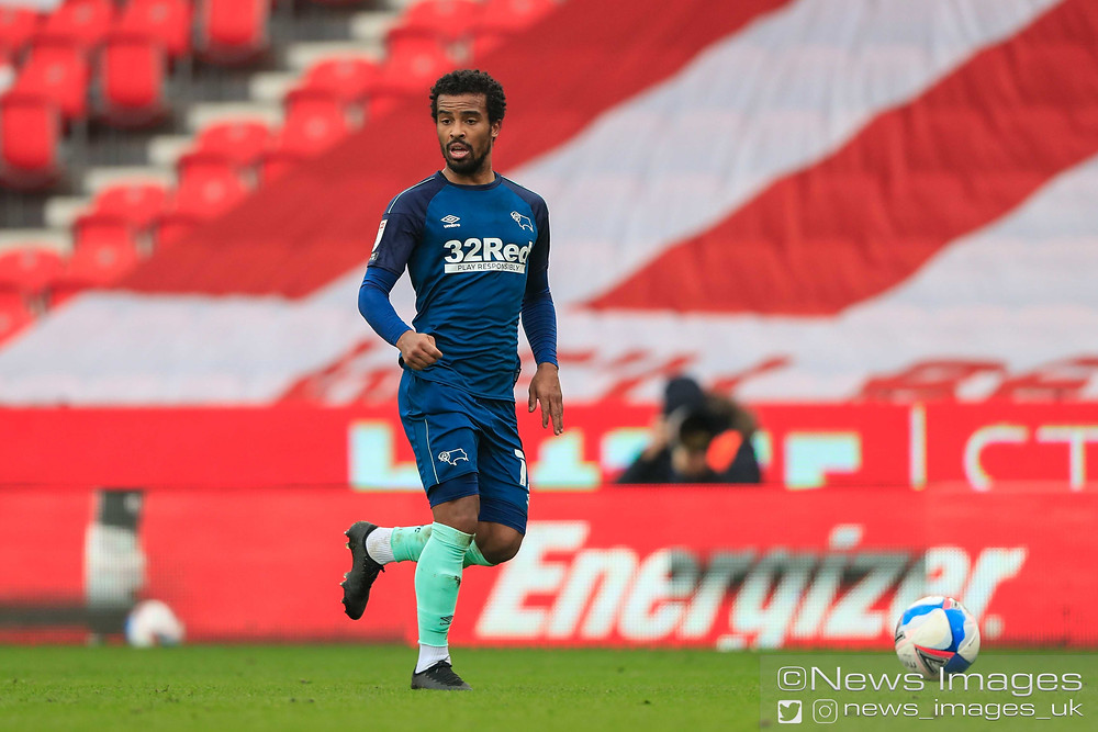 Nathan Byrne #12 of Derby County runs with the ball