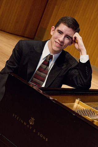 CCM Er Huang Piano Concerto Competition Winner - Michael Delfin!!