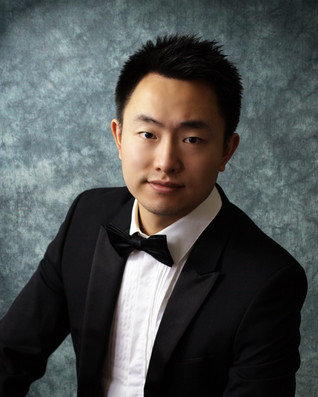 Julan Wang receives Honorable Mention for his performance in the Virginia Waring International Piano
