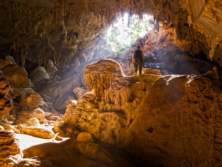 Ταξίδι στον χρόνο: 4+1 σπήλαια της Ελλάδας #memiamatia