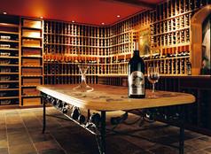 Aryistic-Wine-Cellars-025.jpg