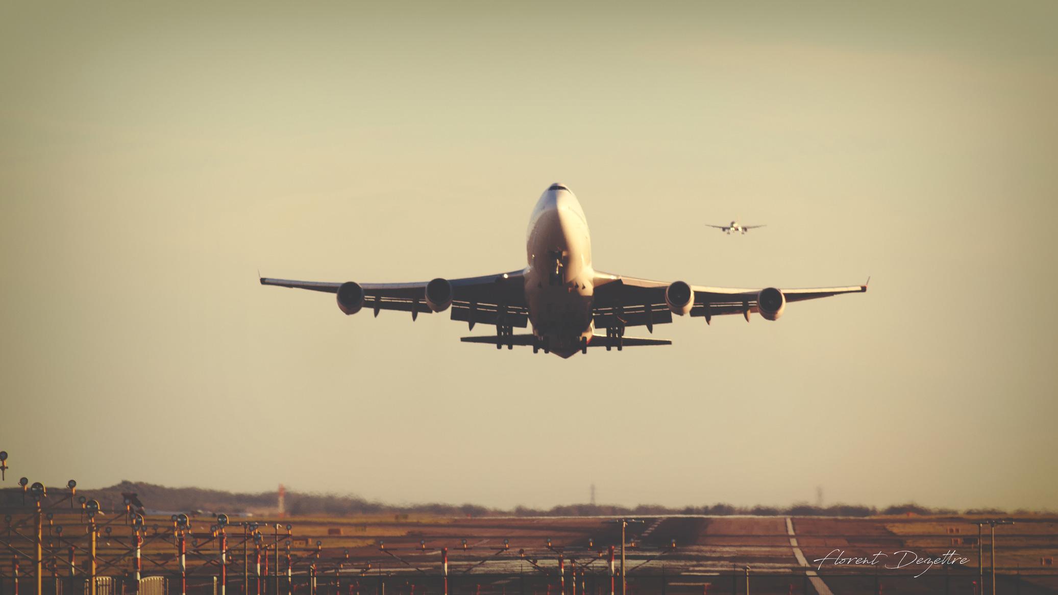 Queen's-Departure
