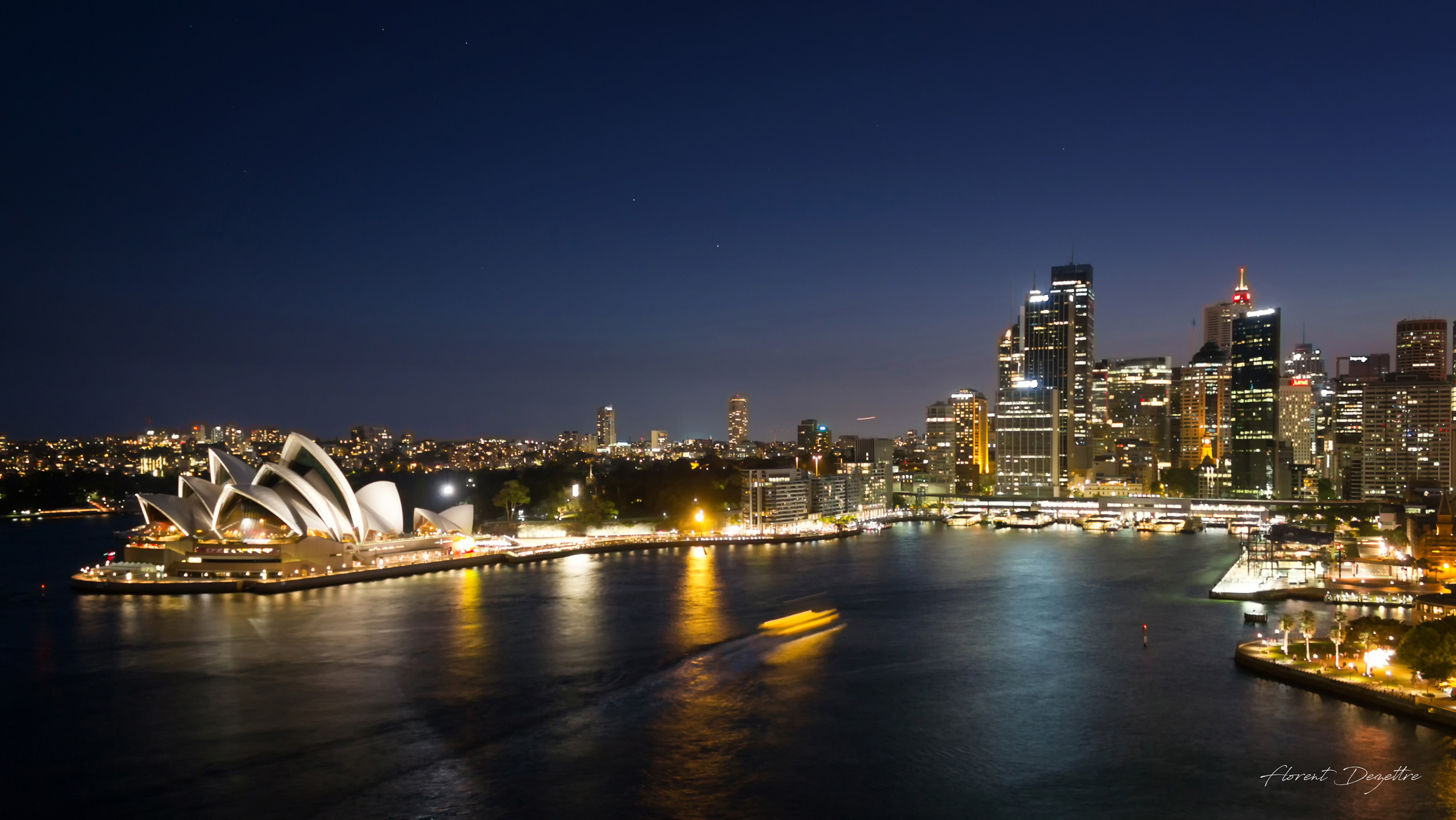 Sydney-Harbour-By-Night