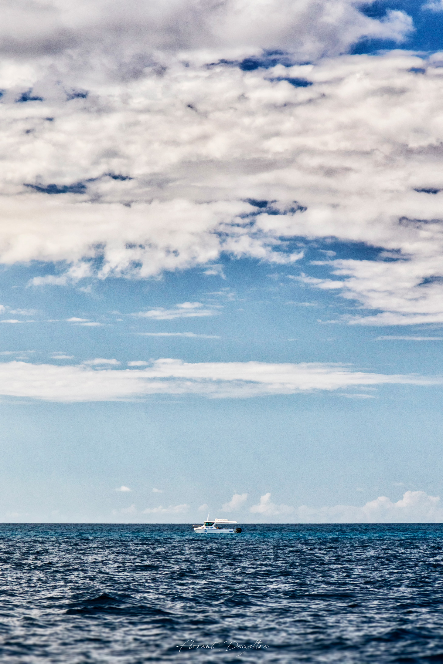 Portrait-Of-A-Lonely-Boat